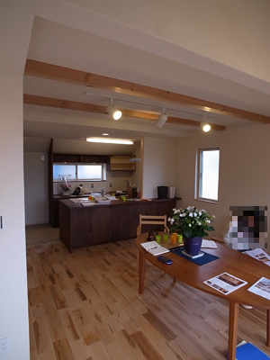 スタイリッシュ和モダンと木の温もりが融合 家具屋さんのおしゃれな住まい:その1