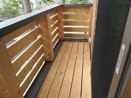 木製バルコニー大.JPG